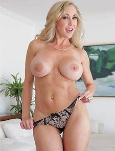 Brandi Love Pornstar